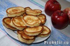 Оладьи на кефире с яблоками - рецепт с фото пошагово