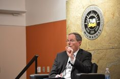 Media Milwaukee journalist, Samuel Wisneski, covered the Fireside Forum on the Opioid Crisis at UWM. Speakers from the Milwaukee Journal Sentinel, Wisconsin Public Radio and UWM's Institute of World Affairs, made it clear: the opioid war will not be won using the United States' current strategy.