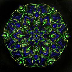 Мandala Dot Painting picture Wall Decor on canvas living room decoration green Mandala Art, Mandala Canvas, Mandala Painting, Mandala Design, Wall Decor Pictures, Pictures To Paint, Dot Art Painting, Painting With Dots, Stone Painting