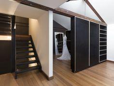 Bespoke form ply joinery. Mariana Hardwick Sydney rd apartment.