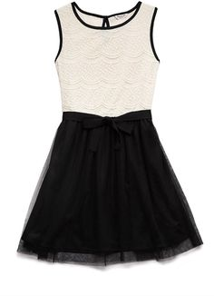 FOREVER 21 girls Dainty Lace Dress (Kids)