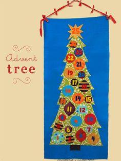 Advent Tree {no-sew DIY Advent Calendar with pockets!}