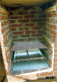 Od projektu, do wędzonek - czyli jak Wojtek Minor budował wędzarnię Smoke House Plans, Smoke House Diy, Barbacoa, Wood Fired Oven, Firewood, Tile Floor, Pergola, Bbq, Backyard