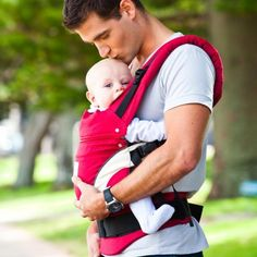 This Manduca Baby Carrier can be worn front, hip or back and is perfect from birth to nursery age!