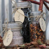edible holiday gifts in jars