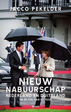 20 jaar geleden was er sprake van een crisis in de relatie Nederland-Duitsland. Jacco Pekelder legt uit hoe beide landen sinds midden jaren 90 hebben gewerkt aan een nieuw 'nabuurschap'. Bij die campagne hoorden opzienbarende bezoeken van bondskanselier Helmut Kohl en andere Duitse hoogwaardigheidsbekleders. Er werden nieuwe netwerken opgezet tussen de Nederlandse en Duitse samenlevingen, waaronder een journalistenuitwisseling die bijdroeg aan een positiever Duitslandbeeld onder…