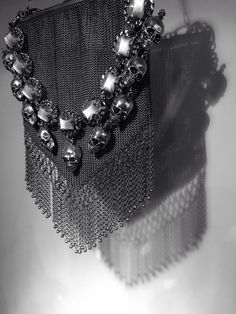 Bijoux Gavilane Paris - Bijoux Haute Couture - Collier tête de mort -Paris le Marais - Bijoux Vintage  - Création Française - Gavilane 14 rue Malher - #gavilane - #french designer