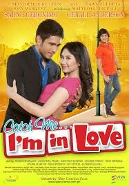 Catch Me I'm In Love Firstly, is talking about A ladies man falls for a renowned radio DJ. A young girl with high ideals about romance is assigned to accompany the spoiled son of the president as he goes on an immersion 2011 Movies, Good Movies, Movies Free, Romance Movies, Drama Movies, Falling In Love Movie, Pinoy Movies, Foreign Movies, Love Posters