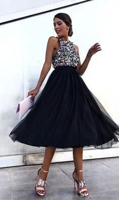 Linglewei New Spring and Summer Women's Dress sexy sleeveless Halter bead piece dress Prom Dresses Online, Cheap Prom Dresses, Dresses Uk, Sexy Dresses, Party Dresses, Fashion Dresses, Dress Online, Lace Evening Dresses, Elegant Dresses