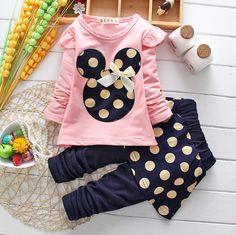 2015 nouveau printemps automne bébé filles ensembles de vêtements filles de bande dessinée costume vêtements enfants manteau vêtements T shirt + pantalon dans Tenues de Produits pour bébés sur AliExpress.com   Alibaba Group
