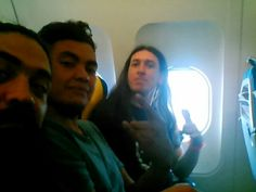 19\06\2015 - UP IN THE AIR .....!!!!!  AT BERLÍN GO TO THE CONCERT......!!!!!  #BERLÍN #BARCELONA #AMANKAYFLOWER #BRUJO #PRAT #FRIENDS #CONCERT #PRIMUS #TRAVEL #TRAVELING