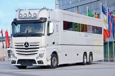 Centurion 1200. 700.000 Euro