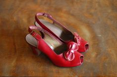 vintage 1940s shoes / 40s red leather bow peep by honeytalkvintage