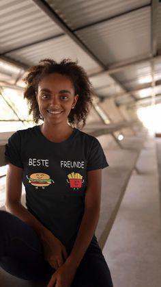 Lustiges BFF Design für Burger-Freunde und Fritten-Fans oder einfach nur für alle die auf schnelles leckeres Fast-Food stehen und nicht genug davon bekommen können. Perfekt geeignet für beste Freund, Freundin, für Frauen, Kinder & Männer. Das Beste Freunde forever Grafikdesign mit einem Hamburger/ Burger & Pommes Frites Männchen die beste Burger-Freunde darstellen. Die unverwechselbare Kombination der Fast-Food Klassiker. Besonders für Geburtstag, B-Day als Partnerlook & Lustige Weihnachten It's My Birthday Shirt, Family Birthday Shirts, 16th Birthday Gifts, Happy Birthday Sister, Family Shirts, Mom Shirts, Shirts For Girls, 10th Birthday, Christmas Birthday