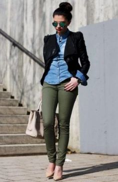 Everything on Point Olive green pants outfit Casual Work Outfits, Business Casual Outfits, Office Outfits, Work Casual, Casual Chic, Fall Outfits, Fashion Outfits, Casual Fall, Outfit Work