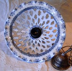 Lampadario in ceramica,foggiato al tornio,traforato e dipinto a mano, by ilciliegio, 90,00  su misshobby.com