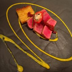 Seared tuna with polenta #food #singapore #lunch #yummy #tuna #polenta #travel #traveler #wanderlust #holiday #vacation #foodandwine #livetravelchannel #localsknow #tlpicks #foodiefeature #lovefood #tastingtable