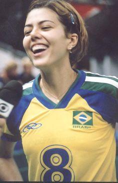 Leila Barros!