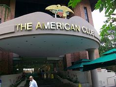 The American Club, Singapore.                           THE LIBYAN Esther Kofod www.estherkofod.com