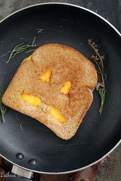 Jack-o'-Lantern Grilled Cheese