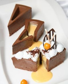 You are fighting not to lick the screen. No Bake Desserts, Delicious Desserts, Baking Recipes, Cake Recipes, Veg Recipes, Cake Decorating Courses, Pastel, Sweet Pastries, Food Obsession
