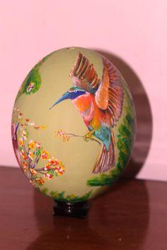 Huevo de Avestruz decorado