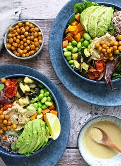 Buddha bowl opskrift Raw Food Recipes, Vegetarian Recipes, Fall Recipes, Healthy Recipes, Fresh Eats, Food Crush, Food Is Fuel, Recipes From Heaven, Fabulous Foods