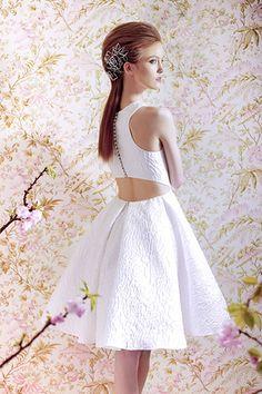 Dress by Angel Sanchez  #weddingdresses #cutout