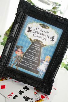 Alice in Wonderland quote party decoration