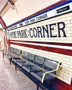 Hyde Park Corner, Westminster. London.- London Underground Train, London Underground Stations, London Now, Old London, London Style, London Pubs, London Transport, London Travel, Hyde Park Corner