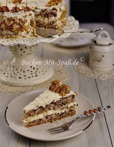Walnuss- Karamell- Torte - My list of simple and healthy recipes Southern Recipes, Sweet Recipes, Fun Desserts, Dessert Recipes, Tasty Bakery, Cake & Co, Cake Cookies, No Bake Cake, Avocado Salad Recipes
