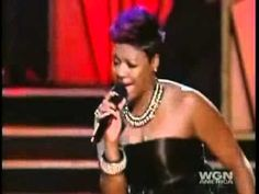 BEYONCE VS FANTASIA TRIBUTES TO TINA AND PATTIE... FANTASIA IS ONE OF THE MOST SOULFUL R&B ARTIST . CAN BEYONCE BATTLE HER ? U DECIDE