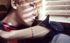 EXO Love Me Right ~romantic universe~ album scans