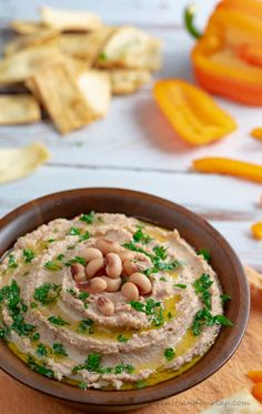 Blackeyed Pea Hummus is a fun southern take on a traditional dish. Even your friends and family that don't like blackeyed peas will love this hummus. Appetizer Dishes, Appetizer Recipes, Blackeyed Pea Recipes, Southern Appetizers, Southern Recipes, Vegan Apps, Healthy Afternoon Snacks, Hummus Recipe, Clean Eating Snacks