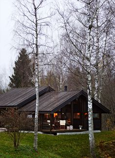 Hedda - KIMA Arkitektur, Norway. Black House, Home Fashion, Modern Architecture, Cottage, Cabin, Vacation, Interior Design, House Styles, House Exteriors