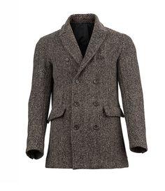 A desirable coat for elegant men: coat Elegant Man, Get The Look, Must Haves, Latest Trends, Autumn Fashion, Suit Jacket, Coat, Jackets, Men