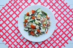 avocado, geitenkaas, maaltijdsalade kip, maaltijdsalade met geitenkaas, maaltijdsalade met kip, maaltijdsalade met kip en geitenkaas, recept salade kip en geitenkaas, salade met geitenkaas, salade met geitenkaas en kip, salade met kip, salade met kip en geitenkaas, simpele maaltijdsalade, simpele salade, simpele salade recept