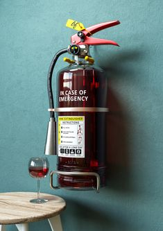 In case of emergency - Wine fire extinguisher Ville New York, Design Language, In Case Of Emergency, Art Series, Wine Time, Fire Extinguisher, Packaging Design, Liquor, Funny Pictures