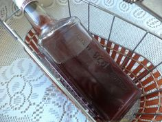 Nalewka z ciemnych winogron Cocktail Shaker, Butter Dish, Barware, Cocktails, Dishes, Desserts, Craft Cocktails, Tailgate Desserts, Deserts