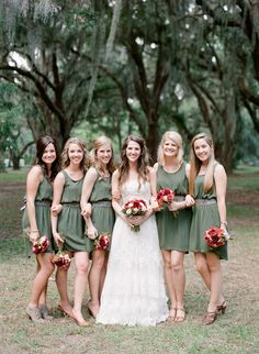 sage green #bridesmaids dresses from Francesca's Collections Photography: Mi Amore Foto - miamorefoto.com  Read More: http://www.stylemepretty.com/2014/04/10/diy-st-simons-island-wedding/