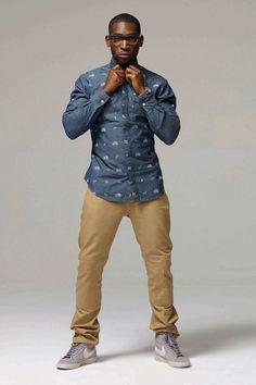 Tinie Tempah always looks dapper! British Rappers, Tinie Tempah, Mr Men, Looking Dapper, Best Wear, Dress For Success, Well Dressed Men, Mens Outfitters, Gentleman Style