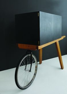 design_Isabel_Quiroga_The_Low_Lands_Spazio_Ornaldi_Milan_2012_04