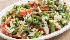 Salada de Bacalhau grelhado, quiabos e tomate - Fique a conhecer todas as receitas tradicionais portuguesas em: www.asenhoradomonte.com