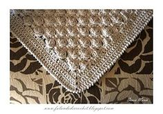 Beautiful puff stitch blanket pattern (in Portugese) by Falando de Crochet. With clear diagrams and a translate button. �™�