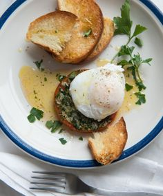 BREAKFAST RECIPE : POACHED EGGS PARMESAN