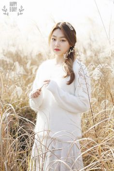 Photoshoot -Korean Girls- - Part 9 Kpop Girl Groups, Korean Girl Groups, Kpop Girls, Korean Girlfriend, Kim Sejeong, Sun And Clouds, Fashion Idol, Angora Sweater, Cosmic Girls