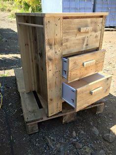 Multipurpose Pallet Chest of Drawers | Pallet Furniture DIY