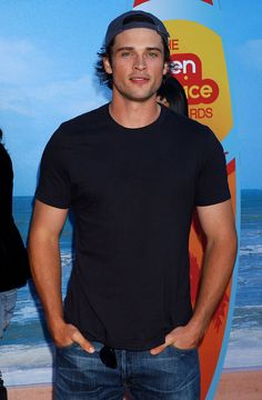 I always forget how gorgeous you are after a while <3 #TomWelling