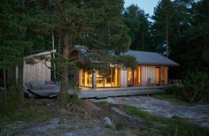 Creative architectural and interior design studio based in Helsinki. Getaway Cabins, Tiny House Cabin, Small Buildings, Cabins In The Woods, Prefab, Beautiful Homes, Architecture Design, Beach House, Villa