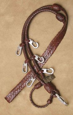 Braided lanyard for fly fishing.